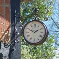 Outside-In Marylebone Wanduhr